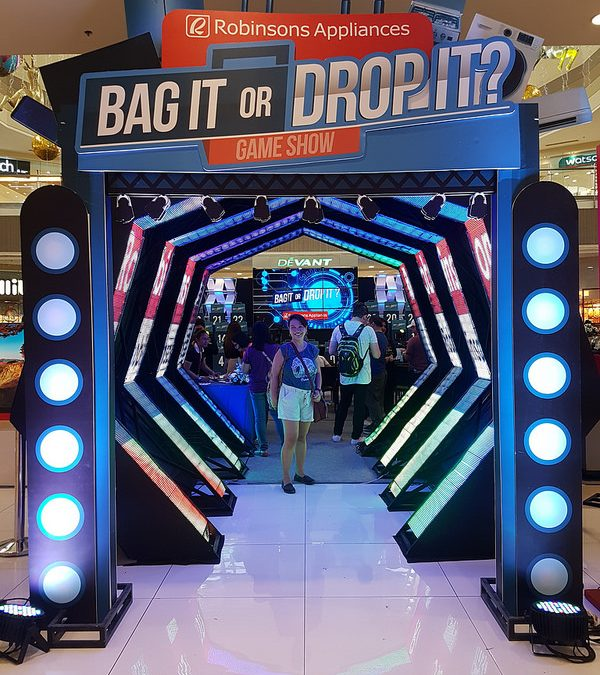 """""""Bag It or Drop It"""" Game Experience"""